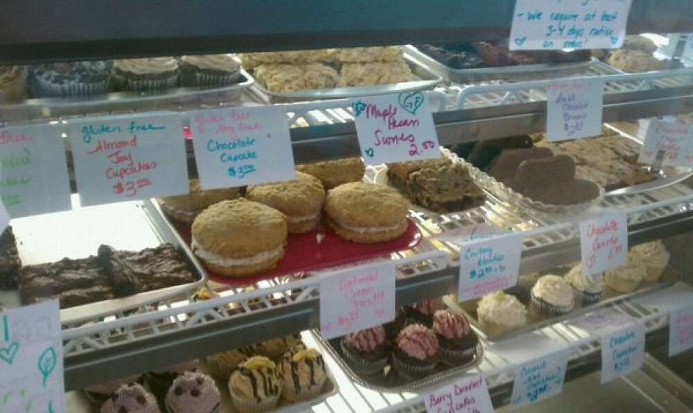 X's to O's Vegan Bakery Review